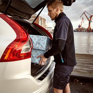 Volvo convierte sus coches en buzones para ayudarle en sus orgías consumistas esta Navidad