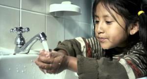 Colgate concienciará a los consumidores de la importancia de ahorrar agua en la Super Bowl