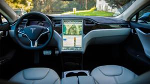 En 2018 los coches autónomos de Tesla viajarán solos de Nueva York a Los Ángeles
