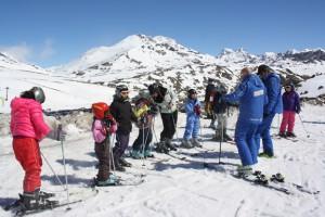 Aramón invita a niños con cáncer a aprender a esquiar