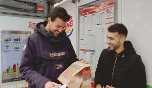 Burger King llena con su olor a carne a la parrilla las Fallas de Valencia