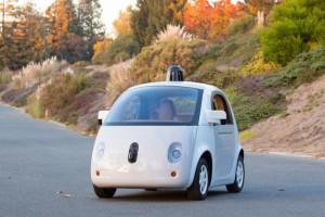 Google busca conductor experimentado (aunque su coche sea autónomo)