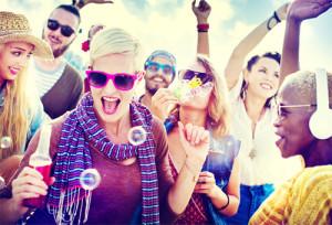 Cuando compran online, los millennials quieren pasárselo en grande (como en una fiesta)