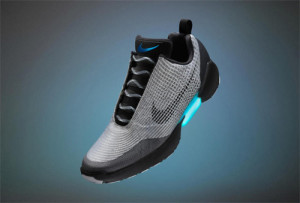 Nike hace (por fin) realidad las míticas zapatillas que se atan solas de Marty McFly