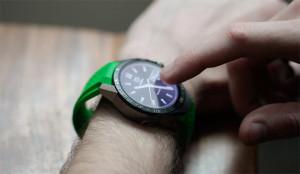 Los smartwatches corren, corren y pillan a los relojes suizos (para reinventarlos)