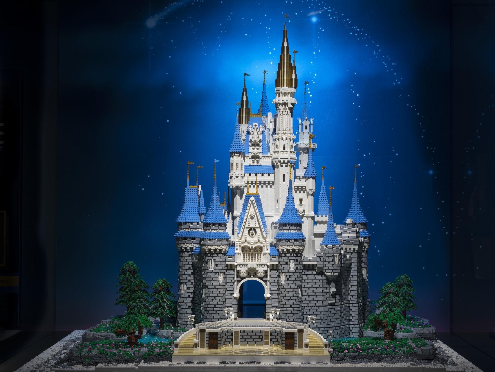 Espectacular-Castillo-Disney-Lego_114748946_3281006_1706x1280