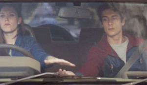 De esta divertida forma el gobierno neozelandés intenta que deje el móvil mientras conduce