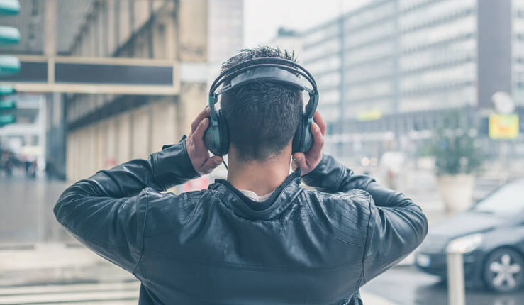 listening-to-music-on-street-2