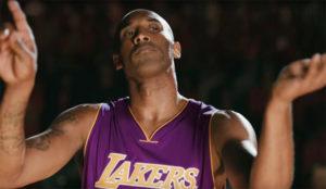 Kobe Bryant dirige un coro de