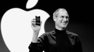 Apple cumple 40 años y lo celebramos recordando (de forma muy especial) 10 grandes hitos