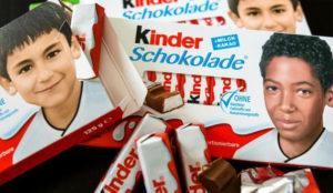 Los ultraderechistas alemanes pillan una rabieta por el nuevo packaging no ario de Kinder