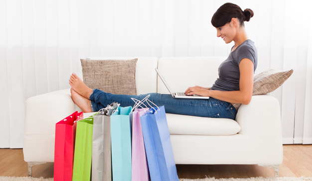 Tres de cada cien compradores de moda españoles se decantan por el e-commerce