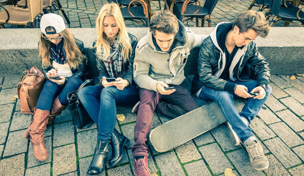 millennials-smartphone