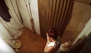 Mindshare recrea un baño del tercer mundo en un evento solidario de Scottex