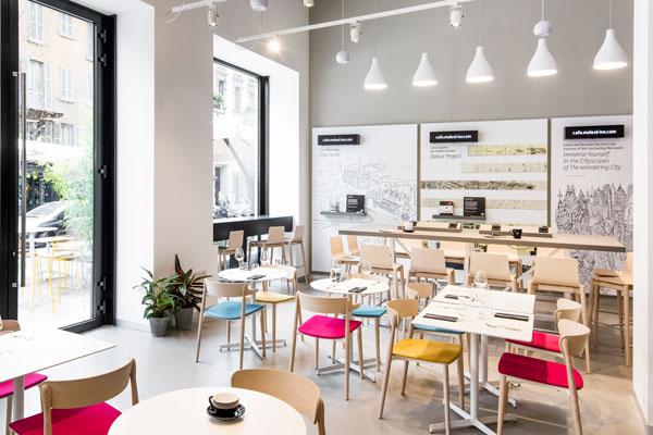 2_Moleskine-Cafe_interno-600
