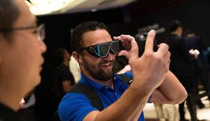 Así son las Dlodlo V1, las gafas de realidad virtual más pequeñas del mundo