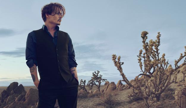Dior siembra la polémica al resucitar la campaña más agresiva de Johnny Depp