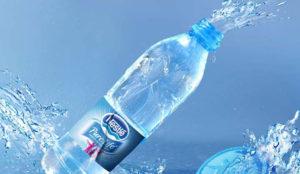 Nestlé se enfrenta a la justicia por las quemaduras que su agua produjo a un consumidor