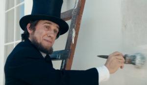 Samsung convierte a Cristoph Waltz en Abraham Lincoln en este tronchante y patriótico spot