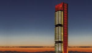La Torre Cepsa, un nuevo y luminoso soporte de comunicación