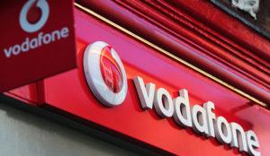 Vodafone tira los precios del fútbol y mete presión a Movistar y Orange