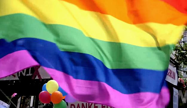 gay pride maxus