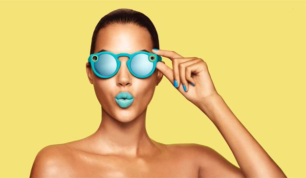 Snapchat presenta unas indiscretas gafas de sol con cámara y ahora se llama Snap