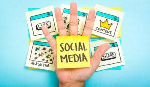 Cómo, cuándo y cuánto mira la gente las (improductivas) redes sociales en el trabajo
