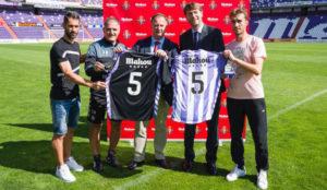 Mahou Cinco Estrellas amplía su acuerdo de patrocinio con el Real Valladolid C.F