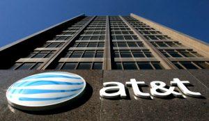 La compra de Time Warner por parte de AT&T, ¿inofensiva para la competencia?