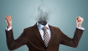 ¿Por qué en las agencias tantísimos empleados echan humo de lo