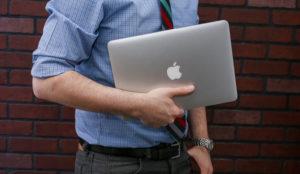 Apple confía en su nuevo MacBook Pro para dinamizar las ventas de sus productos y servicios