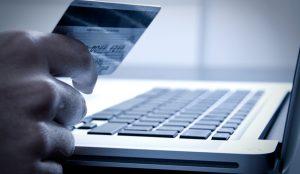 Internet es el canal elegido por los españoles para ahorrar dinero en sus compras