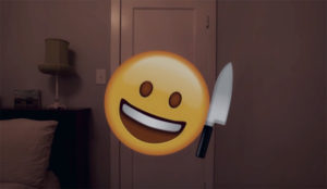 ¿Puede un inocente emoji matar a puñalada limpia? Sí, y este sangriento corto lo demuestra