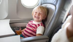 IndiGo se suma a la polémica tendencia de las zonas libres de niños en los vuelos