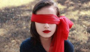 Si no se ve durante al menos 14 segundos, la publicidad online está condenada a la ceguera
