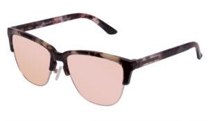 Hawkers consolida su alianza con Pull&Bear a través de una nueva colección exclusiva de gafas de sol