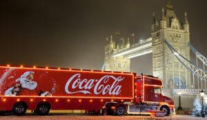 Coca-Cola ensalza el espíritu navideño recorriendo Gran Bretaña con un camión interactivo