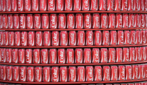 Coca-Cola lanza un innovador experimento social para concienciar sobre la basura