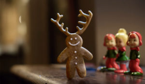 La adorable galleta con cuernos de este spot navideño le provocará un