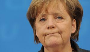 Merkel teme que los bots y las noticias falsas afecten a las elecciones alemanas