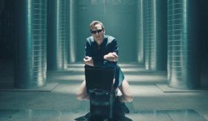 Benedict Cumberbatch cambia el Mac por un retrete