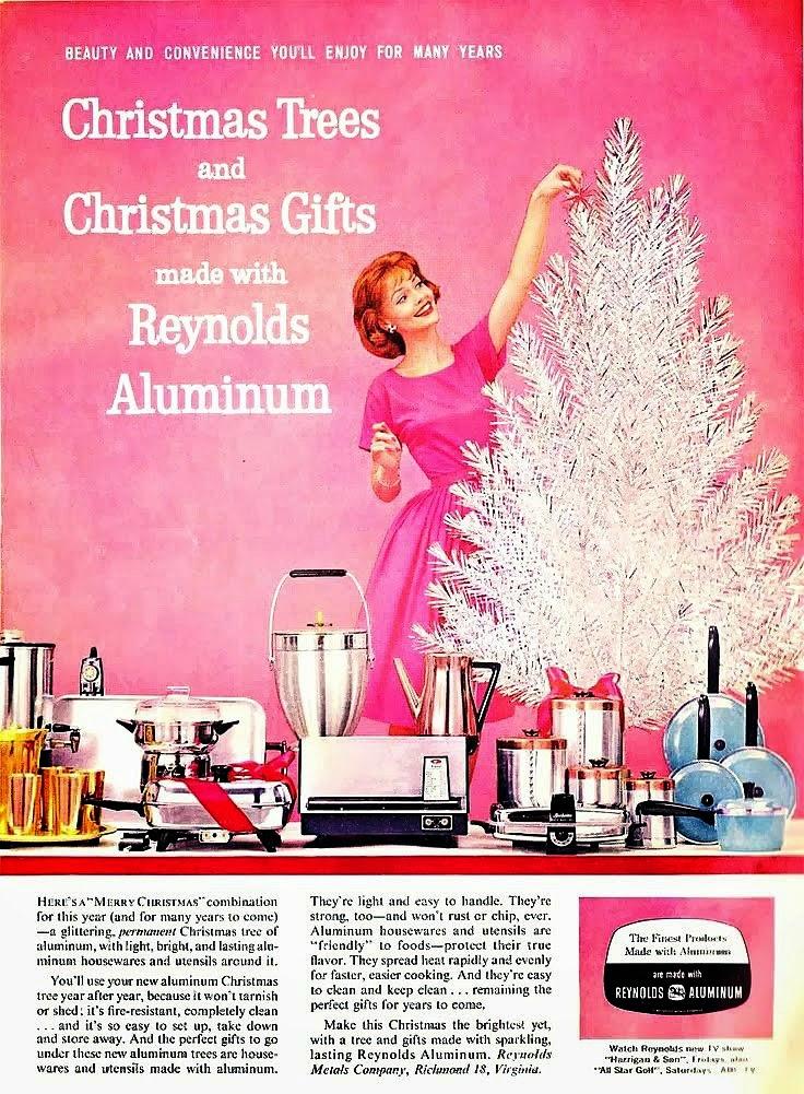 bad-vintage-christmas-ads-3