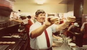 McDonald's llora la muerte de Jim Delligatti, el inventor del mítico Big Mac