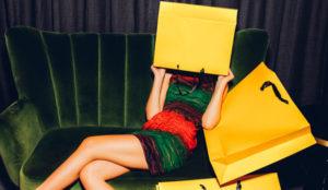 El momento idóneo para hacer las compras navideñas es online, y de noche