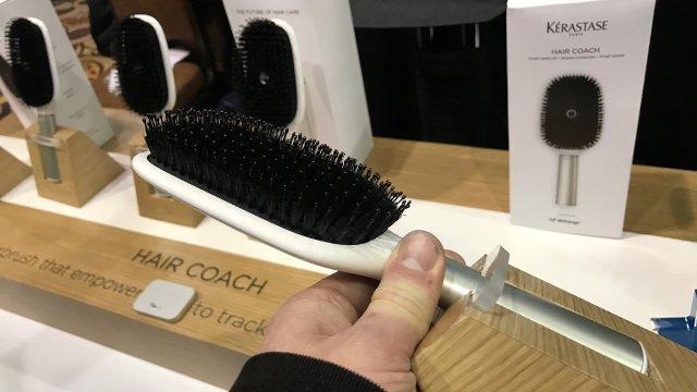 CES 2017 Gadgets/ Hair Coach