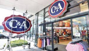 C&A echa el cierre a 23 tiendas en España y negocia un ERE que afectará a 300 empleados