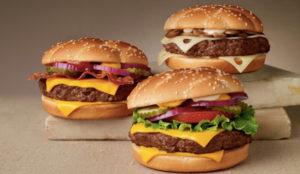 McDonald's Japón convoca elecciones (con campaña incluida) para elegir su mejor hamburguesa