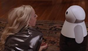 Este robot doméstico quiere estar con usted en lo bueno, en lo malo (y en las borracheras)