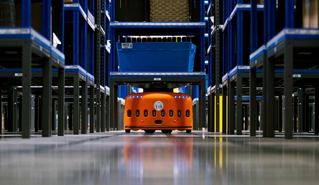 Amazon patenta robots para preparar paquetes que